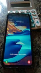 Troco celular  Samsung a70 128 gigas com caixa nota