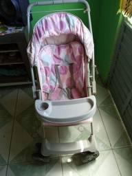 Carinho de bebê rosa