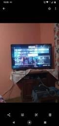 Tv LG 4k  HDR, está com essa listra no meio da tela