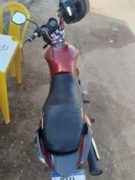 Título do anúncio: Vendo essa moto super concervada em dias no geito de transferir