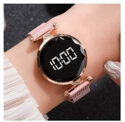 Título do anúncio: Relógio Feminino Pulseira De Malha De Aço Geneva Quartz Digital Watch