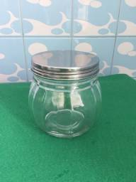 Pote de vidro Pequeno com tampa rosca de inox.