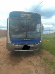 Título do anúncio: Ônibus 2002 APACHE VIP