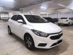 Título do anúncio: Onix 1.4 2019 automático, branco, com apenas 26mil km, único dono.