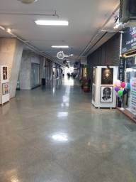 Título do anúncio: Alugo sobreloja 57 no Shopping Center - Rua Siqueira Campos, 143, Copacabana