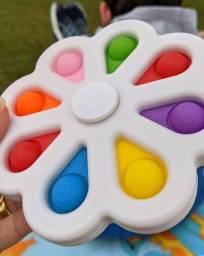Título do anúncio: Mega Spinner pop it brinquedo anti stress estress giratório de apertar