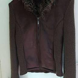 Jaqueta marrom em lã e courino