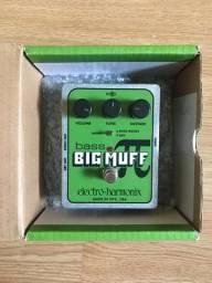 Pedal Electro-Harmonix Bass Big Muff Pi + fonte 9 volts