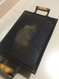 Chapa com rechaud de ferro fundido