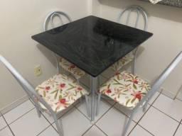 Título do anúncio: Mesa 4 cadeiras tampo de mármore