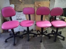 Título do anúncio: Quatro cadeiras de escritório 120,00 cada