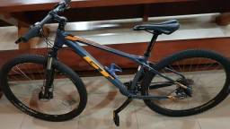 Bicicleta GT Avalanche Comp Deore