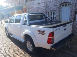 Toyota Hilux Toyota Hilux completa - 2012