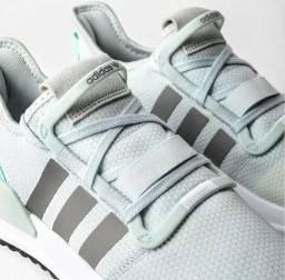 Tênis Adidas U Path