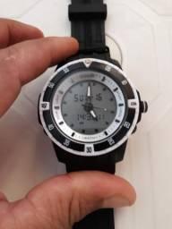"""Vendo Relógio """"SPEEDO"""" Original aprova D'água / Valor : R$180,00"""