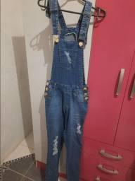 Jardineira/ Macacão Jeans