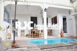 Casa à venda com 3 dormitórios em Santa teresa, Rio de janeiro cod:MBCA30218