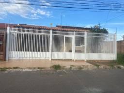 Linda casa Setor Central do Gama
