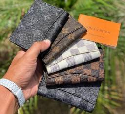 Tênis carteira couro Louis Vuitton