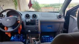 Vende-se carro Fiesta - 2006