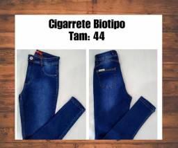 Calça jeans de marca