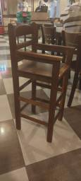 3 Cadeira de alimentação infantil madeira