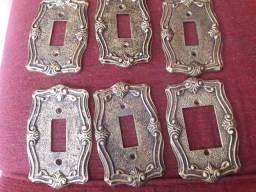 Antigo, espelho interruptor de tomadas em metal