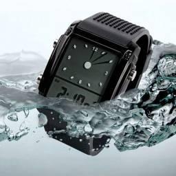 Relógio digital a prova de água com lede colorido