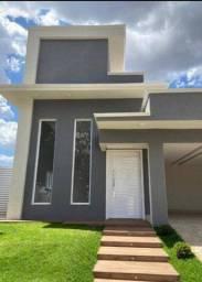 Título do anúncio: Casa para venda com 250 metros quadrados com 3 quartos em Condomínio do Lago - Goiânia - G
