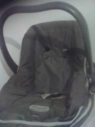 Bebê conforto e carrinho Burigoto