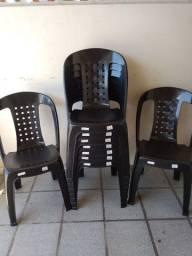 Cadeiras Novas Pretas fortes
