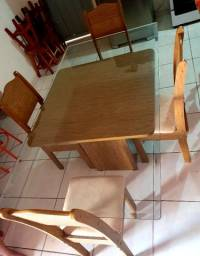 Título do anúncio: Mesa com tampo de vidro bisotê temperado e 4 cadeiras