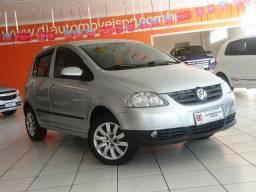 Volkswagen Fox 1.0 4P 2010