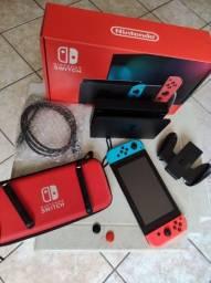 Título do anúncio: Nintendo switch v2  128gb Anatel completo com 6 jogos