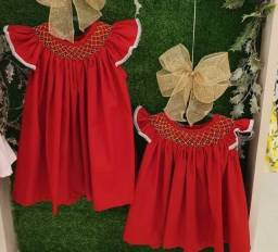 Título do anúncio: Casinha de Abelha - Vestidos Infantis Bordados à Mão