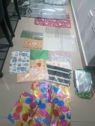 Título do anúncio: Lote embalagens plásticas decorado Todas