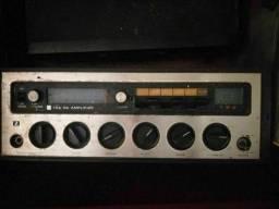 Amplificador sintonizador de rádio holandês