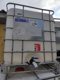 Caixa de 1.000 litros ótimo para captação de água da chuva