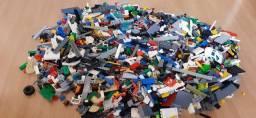 Caixa de Legos variados, seminovo