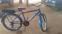 Vendo bicicleta cairu com macha bem conservada