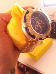 Relogio invicta de luxo dourado com azul