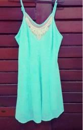 Vestido verde água