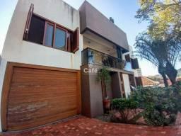 Título do anúncio: Casa com 5 dormitórios, sendo 2 suítes, 2 vagas de garagens e amplo pátio com 740 m²