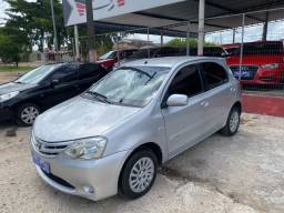 Toyota Etios xs 1.3 completo 2013!!