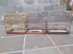 Título do anúncio: 3 gaiolas de passarinho