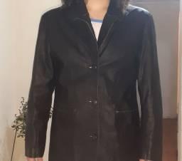 Excelente jaqueta de couro semi-nova