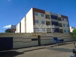 Apartamento para alugar com 3 dormitórios em Presidente roosevelt, Uberlândia cod:282839