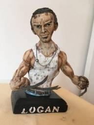 Logan -escultura artesanal