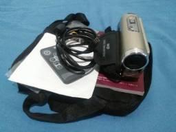Câmera JVC que filma em full hd com todos os acessórios + bolsa de transporte