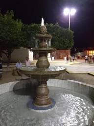 Fonte com 3 bacias em concreto para jardins e praças